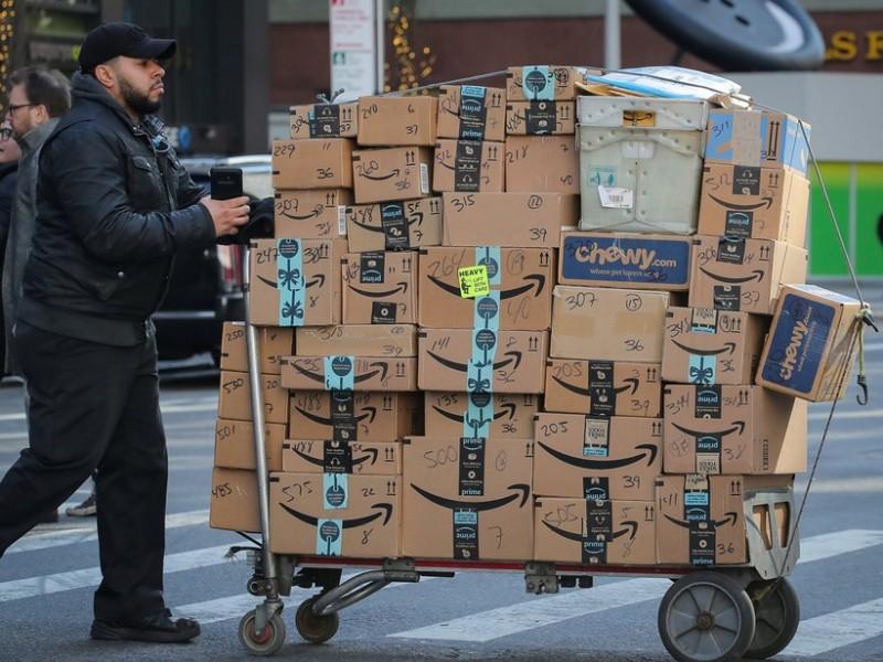 Amazon diminui ritmo e divulga lucro menor do que o esperado